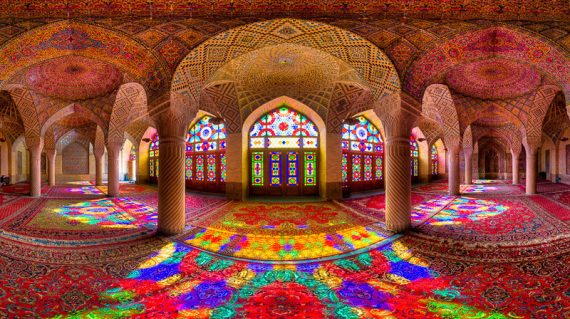 Nasir-al-Mulk-mosque-in-Shiraz-800x450